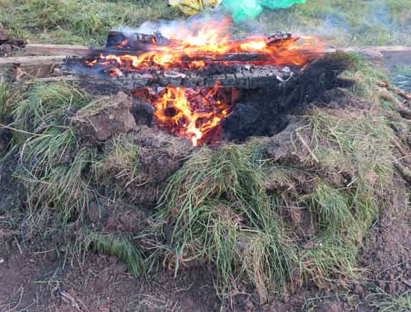 Turf kiln burning